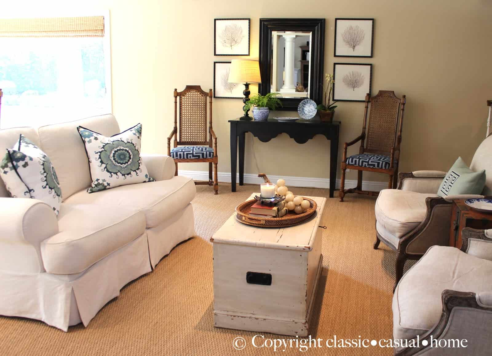 How to Update Your Traditional Décor & How to Update Your Traditional Décor - Classic Casual Home
