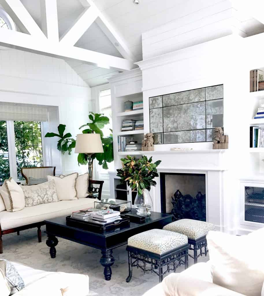 Fresh Traditional Living Room in Southern California - Classic ...