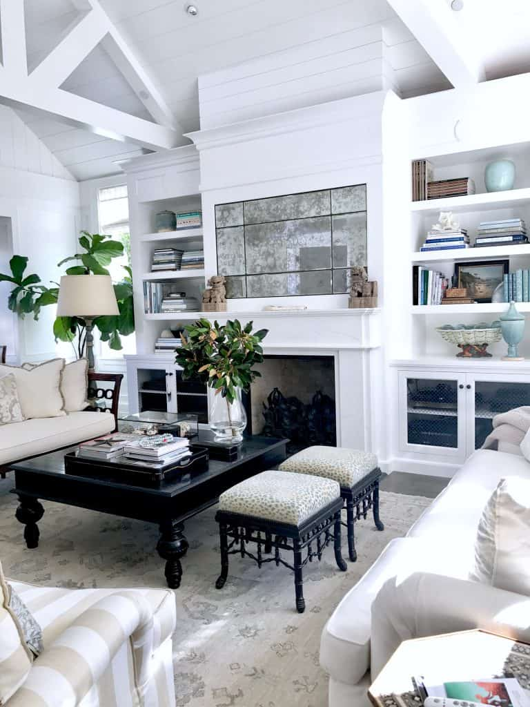 Fresh Traditional Living Room in Southern California ...