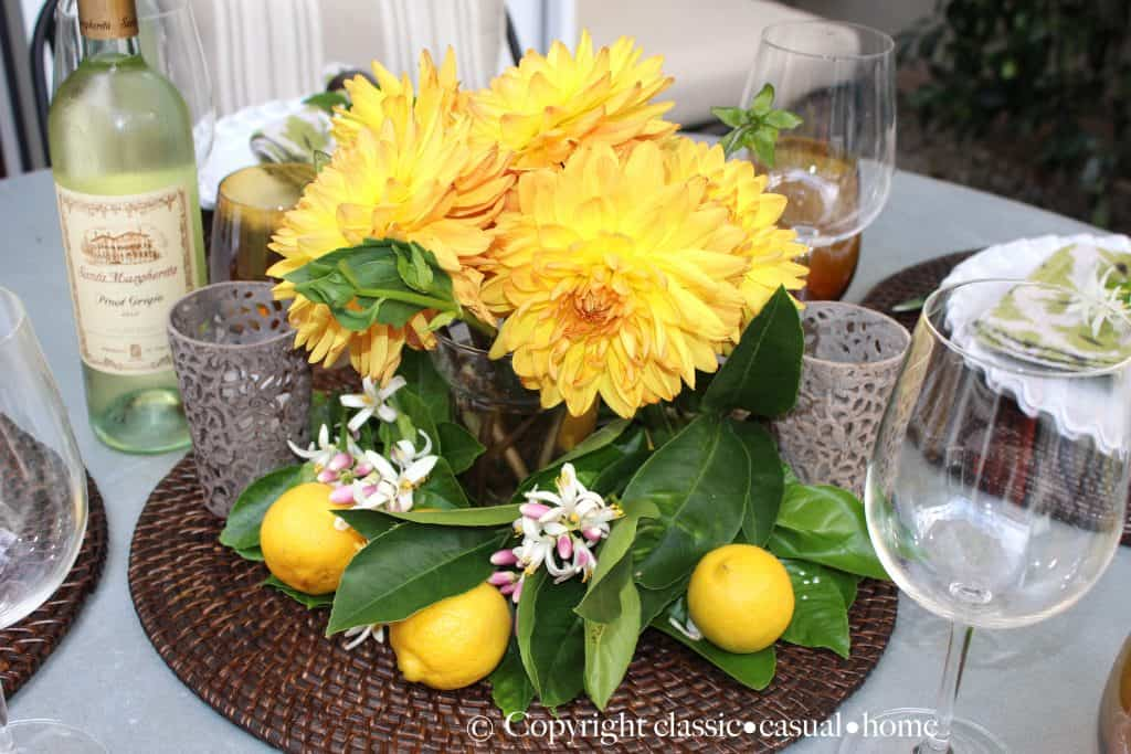 gorgeous-fall-yellow-centerpiece-on-dining-table