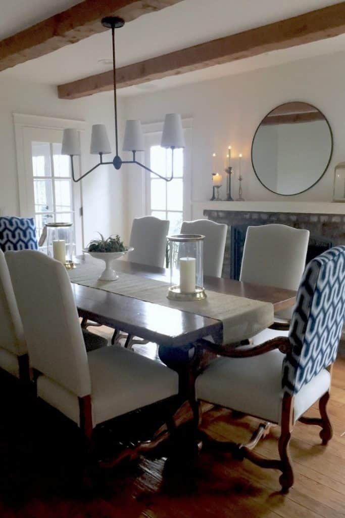Take A Bite Out Of 24 Modern Dining Rooms: Round Mirrors For A Quick Home Update