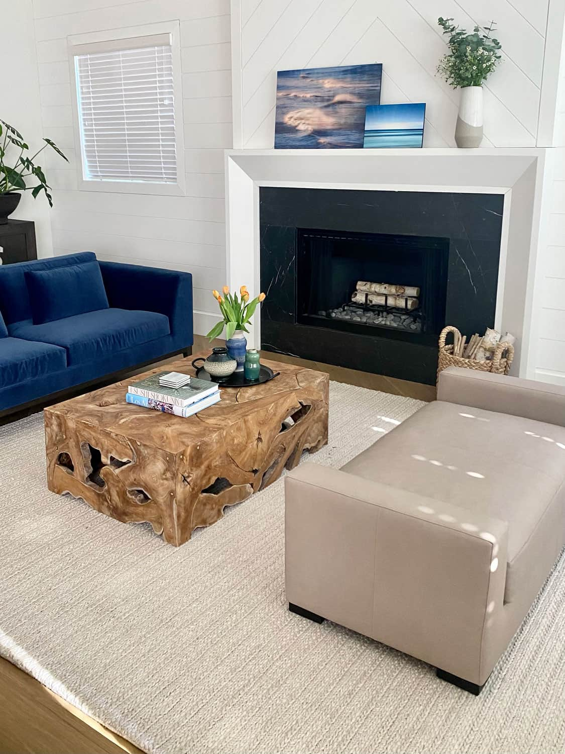 Decorating Modern Traditional Living Room with a leather neutral bench