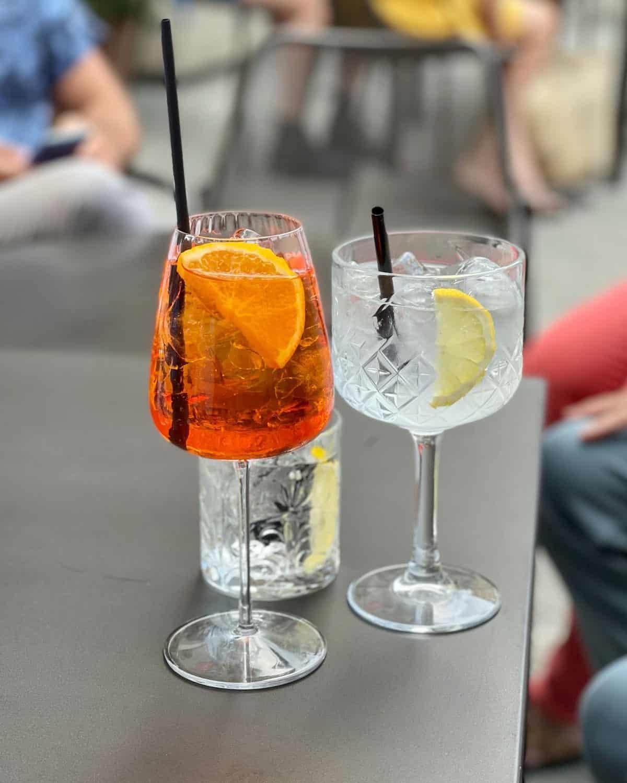 summer light aperol spritz cocktail